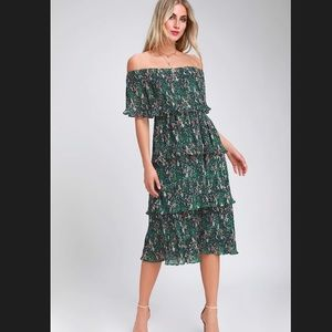 Green Floral Off-the-Shoulder Ruffle Midi Dress XS
